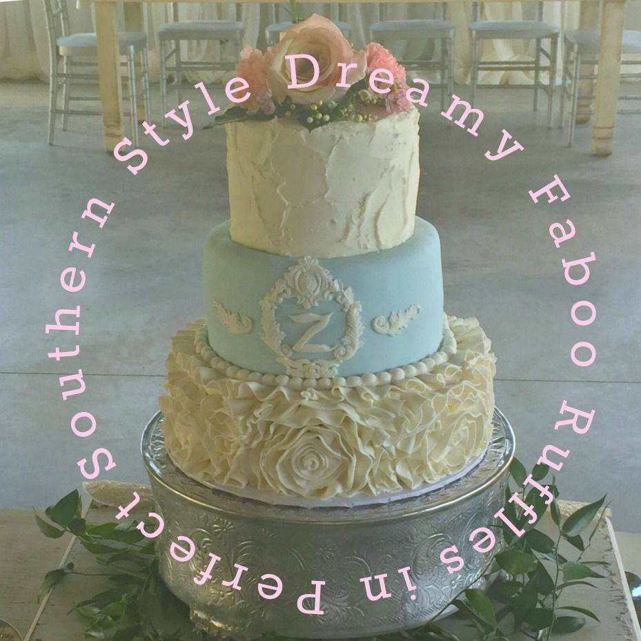 Tiffany blue wedding cake with ruffles rustic wedding southern style