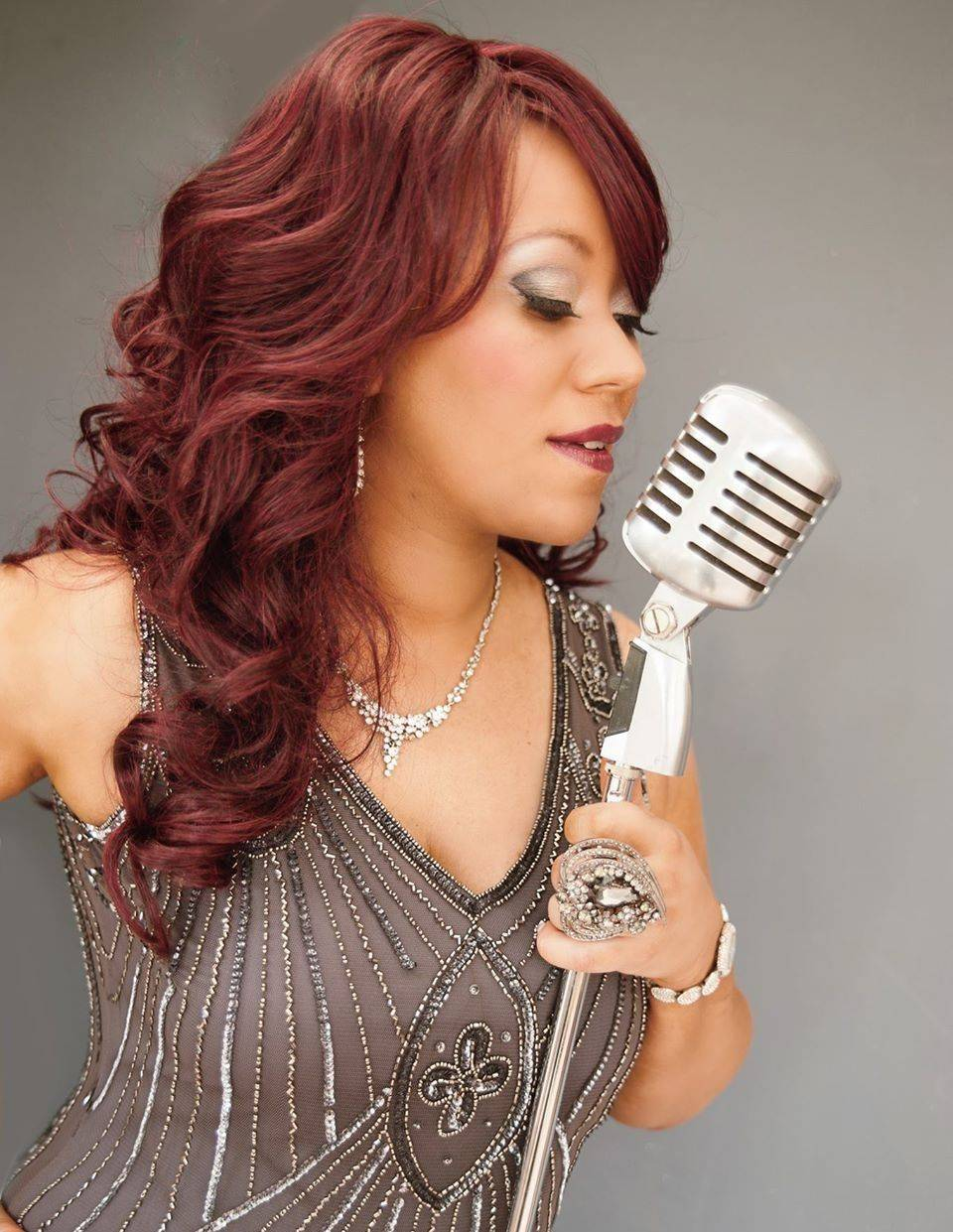 Destiny Michelle - Award Winning International Female Vocalist performs Jazz