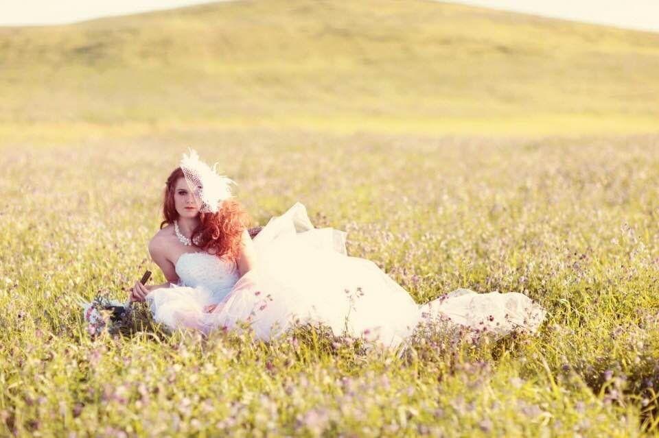Summer field bridal, bride, tulle wedding dress,