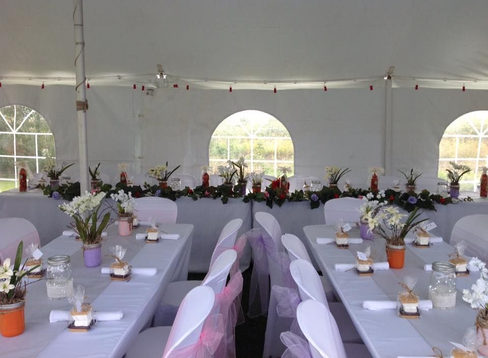 White polyester tablecloths