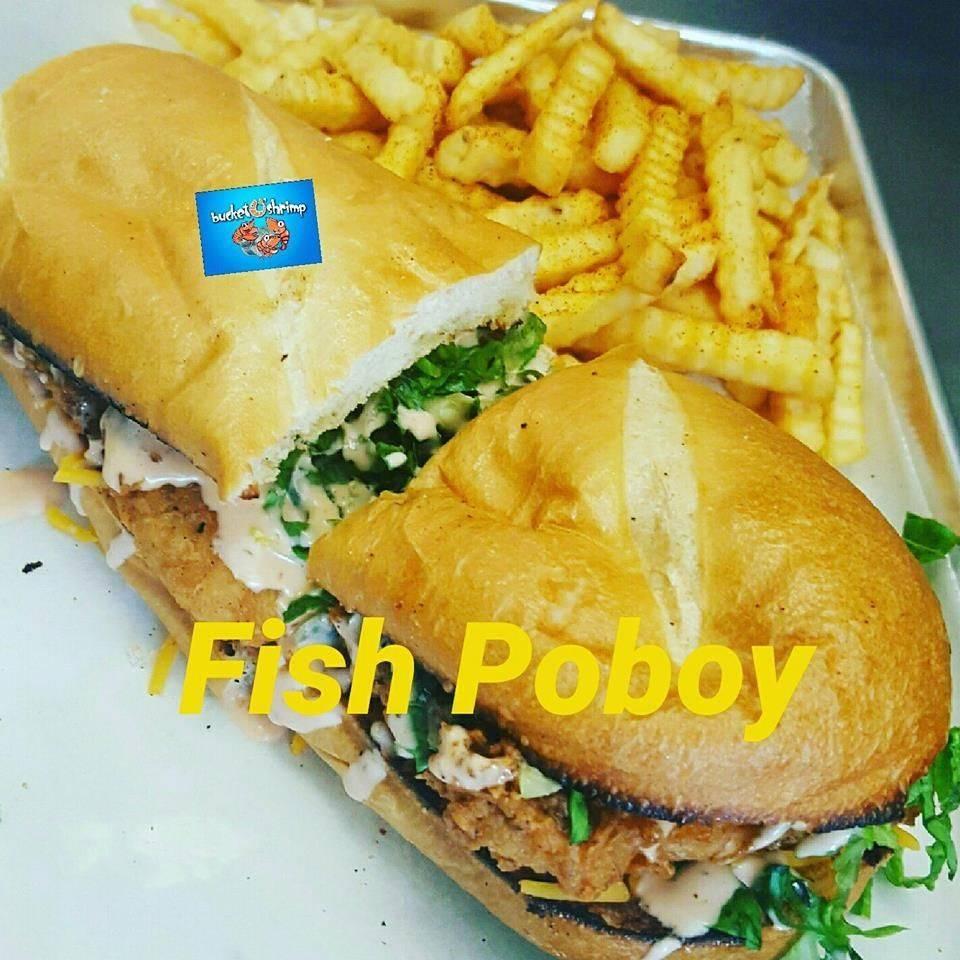 Fish Po' Boy w/ Seasoned Crinkle Cut Fries