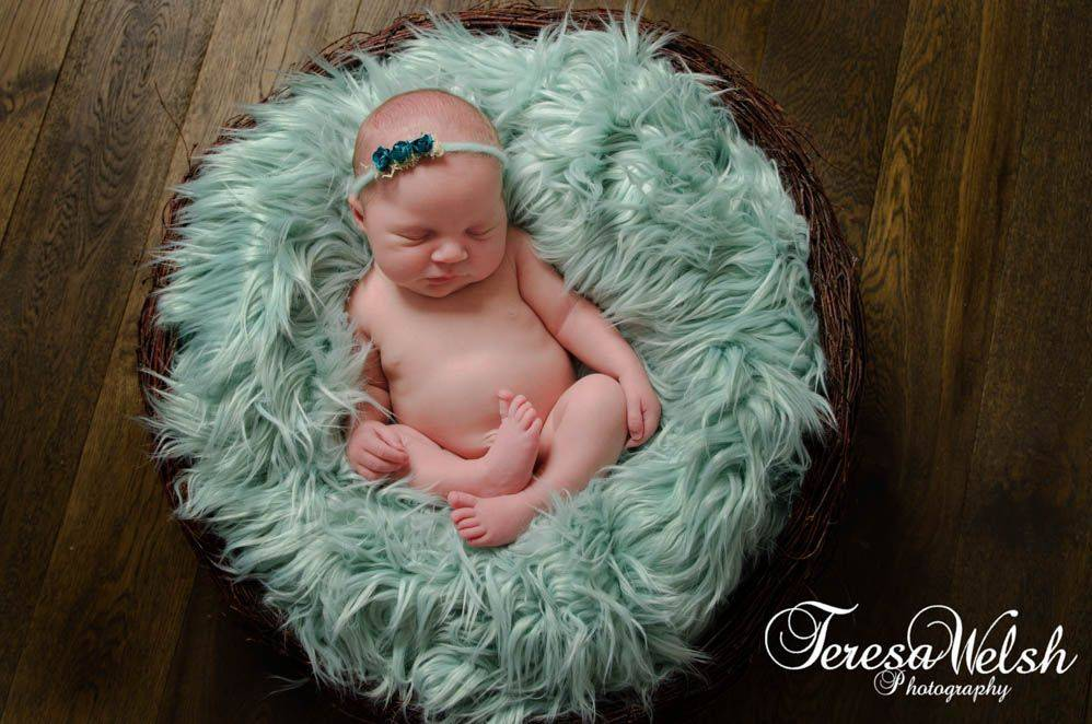 Rustic, Props, grimsby photographer, lincolnshire baby photos, Louth baby photographer