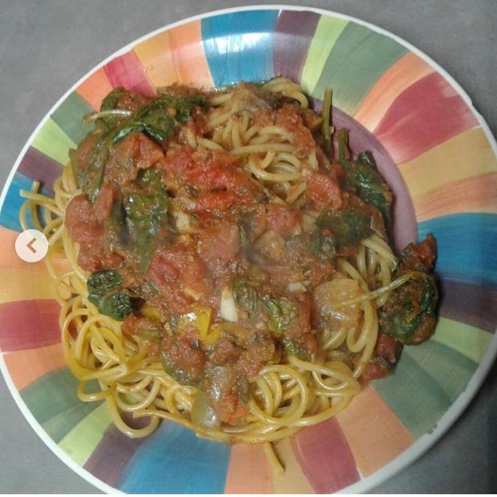 Spaghetti with chunky veggie sauce
