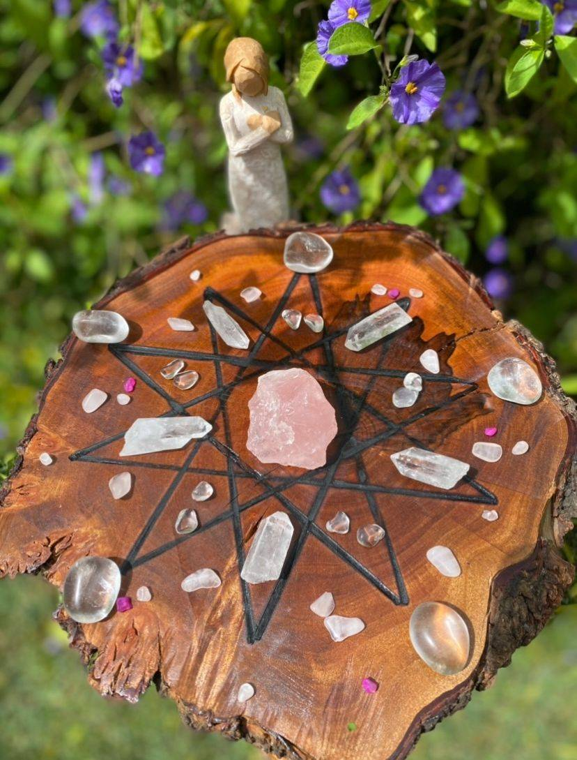 crystal grids, wellness, reiki, crystals, made from nature, made to nurture