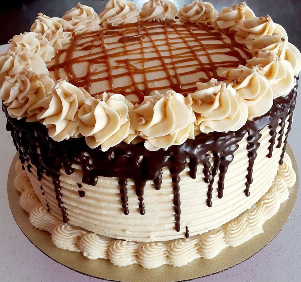 Cakes in Racine, Gourmet Cakes, Racine Bakery, Chocolate Cake