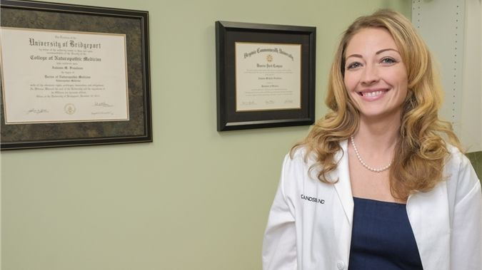 Book a naturopathic virtual visit with Dr. Autumn Frandsen