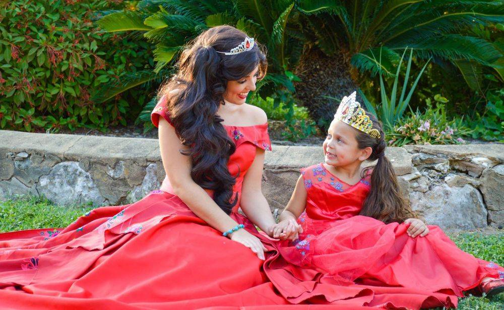 Princess Elena of Avalor party character San Antonio