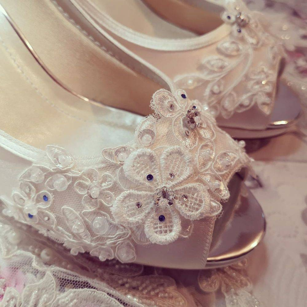 vintage lace wedding bridal shoes nicky rox