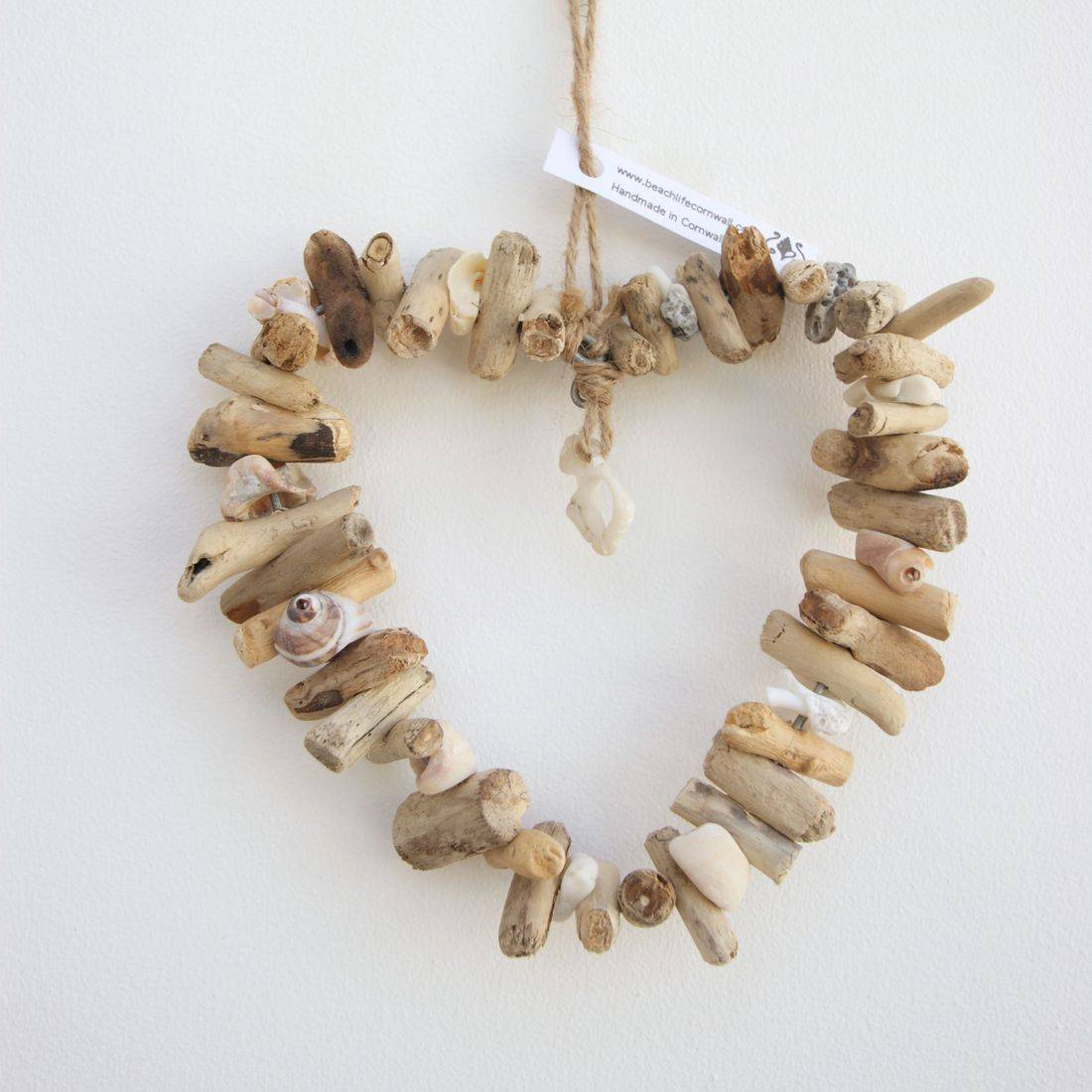 Driftwood wire heart small