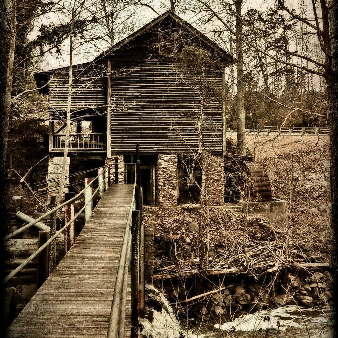 Historic Building, Old Gilliam Mill, Park, Sanford, NC, 1820, Americana