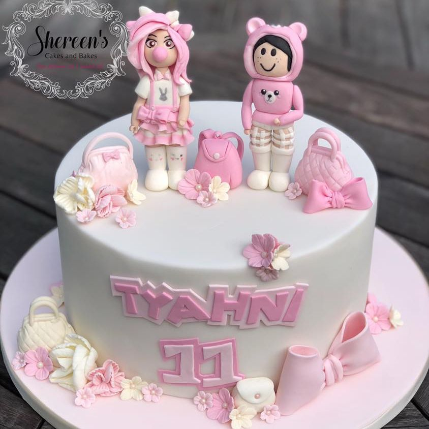 roblox girl pink white cake characters bags bow pretty girl flowers avatar