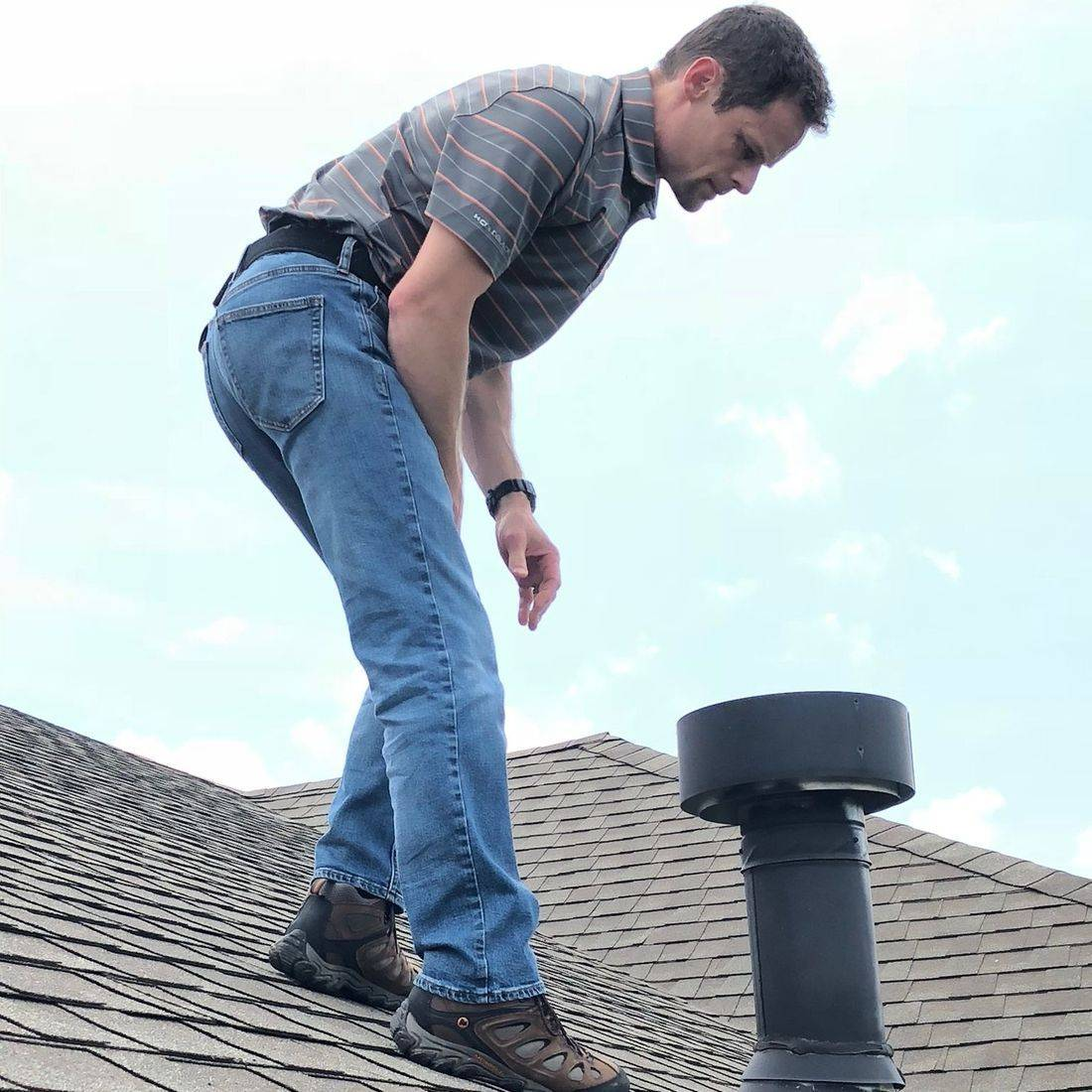 Inspecting Roofing