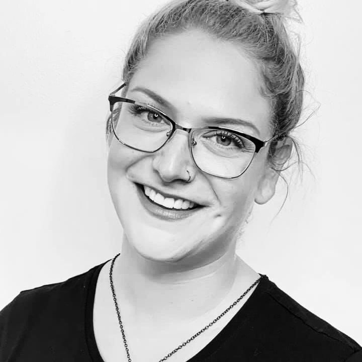 Melanie Patience, Kanata Hairstylist, exhalo hairstylist