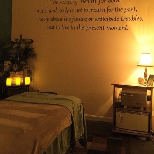 Relaxing massage therapy studio in Alexandria, Virginia