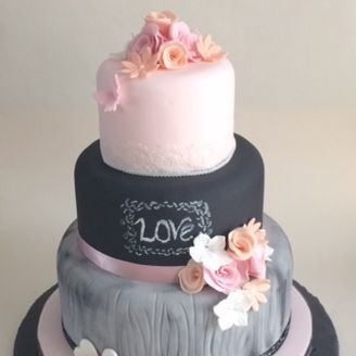 Chalk Board Love Vintage Wedding Cake Fabu-Lous Cakes