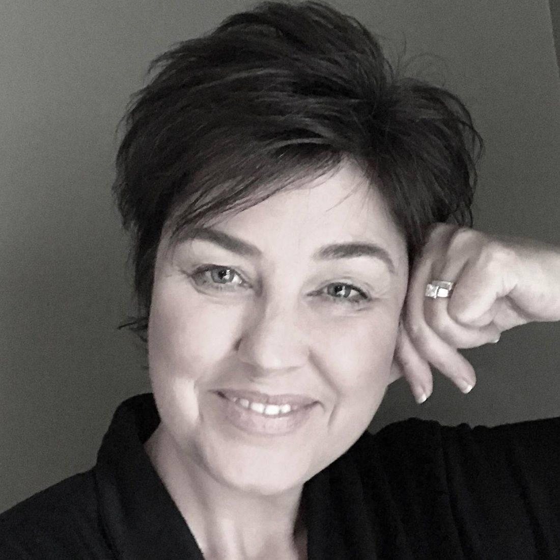 Kylie Delfino, Crystal Bowl Meditation