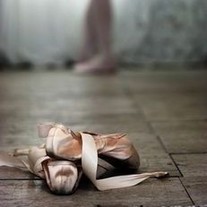 pointe shoes, dancers, darning, ballet
