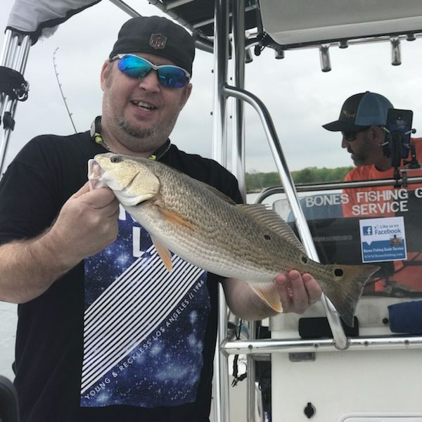 The Boys day,Redfish fishing at Brauning can be awesome. The schools are and challenging but rewarding. Fishing for Redfish in our San Antonio, Texas local lakes. Bones Fishing Guide Service provided an amazing fishing trip on the water and putting his clients on some Redfish.