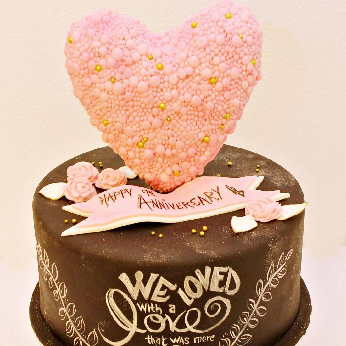 Custom Pearl Heart Chalk Board Cakes Milwaukee