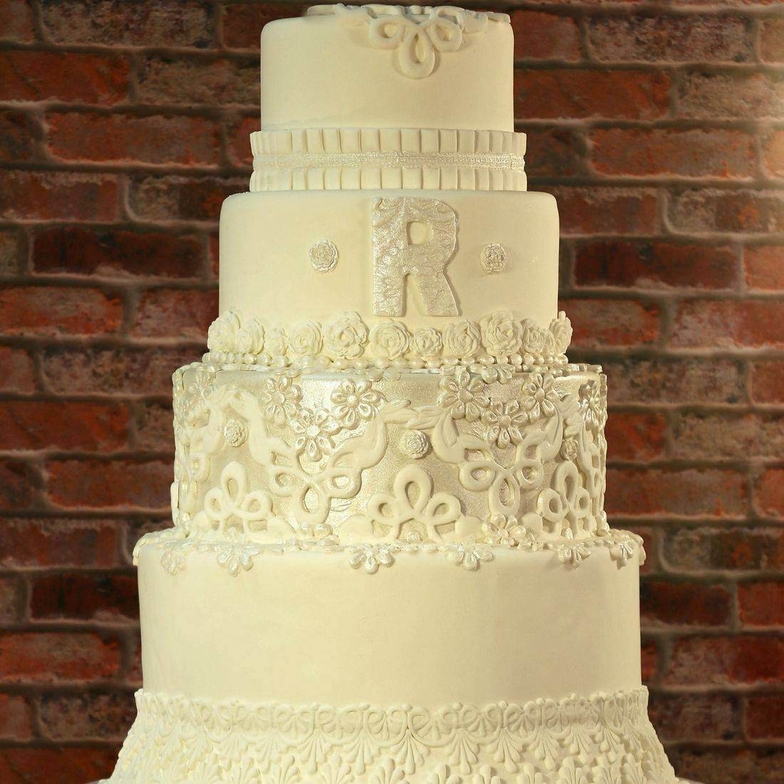 Lace wedding cake elegant classic monogram