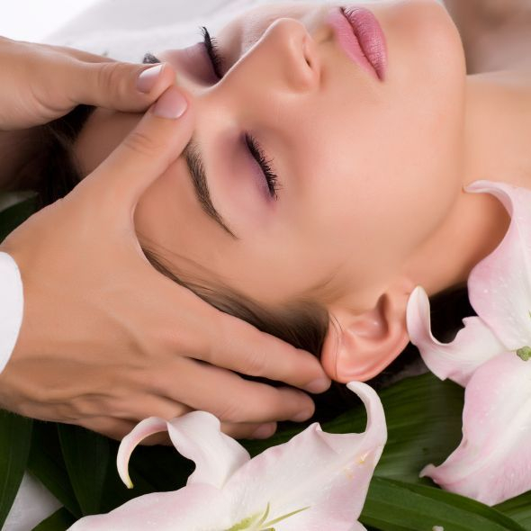 Organic facial-signature European-facial