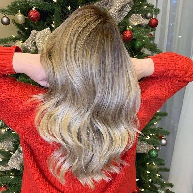 long length layered haircut.. blonde balayage/babylights.. styled with waves