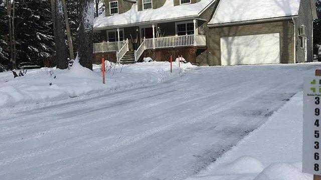 "alt=""residential snow blowing bracebridge"""
