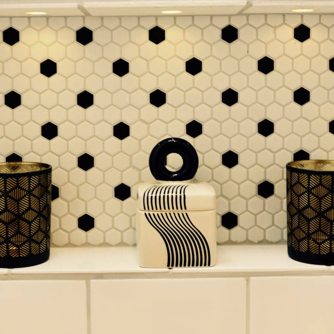Stylish Gold, Black & White En-Suite by Alx Gunn Interiors East Sussex, UK, alxgunn-interiors.co.uk