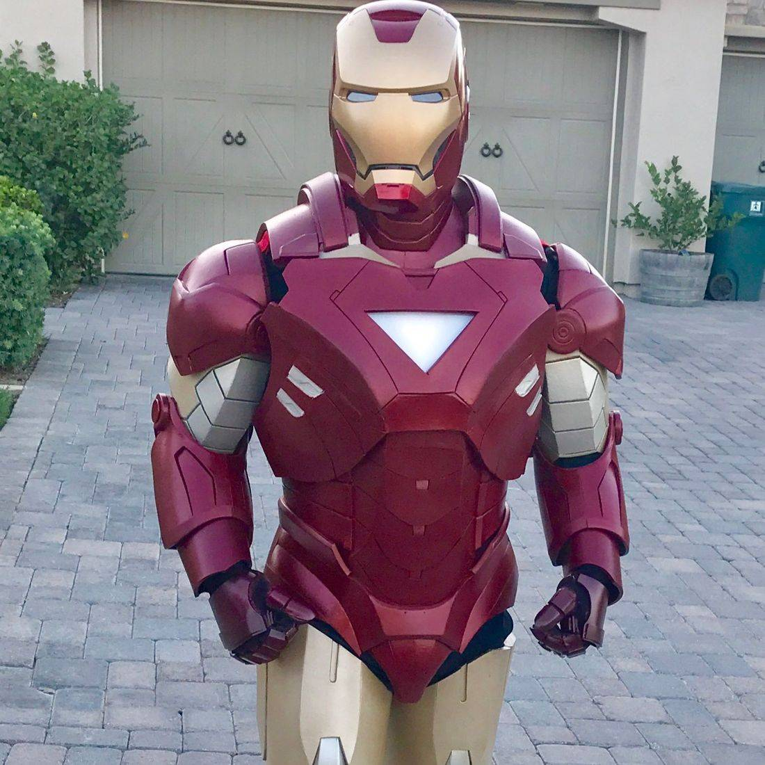 iron man,iron man party,ironman party,superhero party, party,riverside,character,princess party, kid's party entertainment