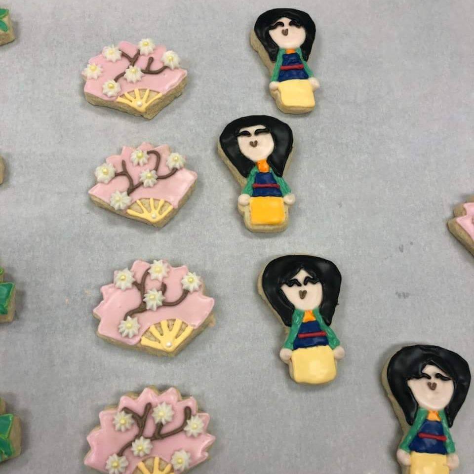 Cookies, Custom