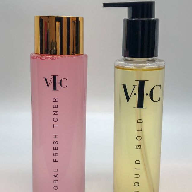 VIC CosmeticsToner and Cleansing Oil Combo