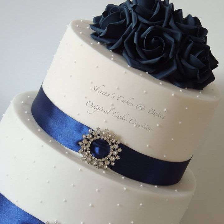 Navy white Wedding Cake Diamante Buckle Roses