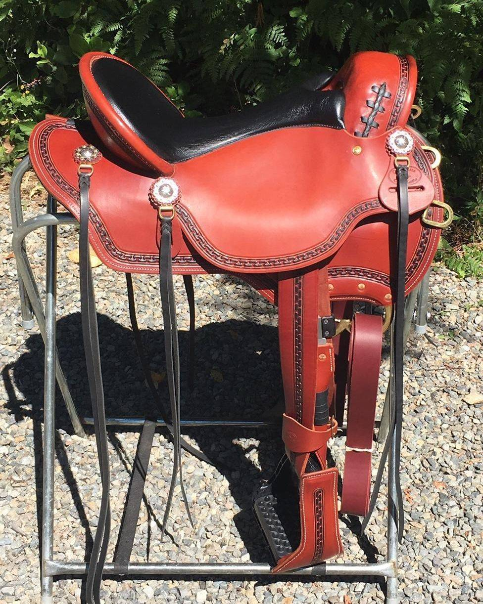 Custom Western Endurance Saddle