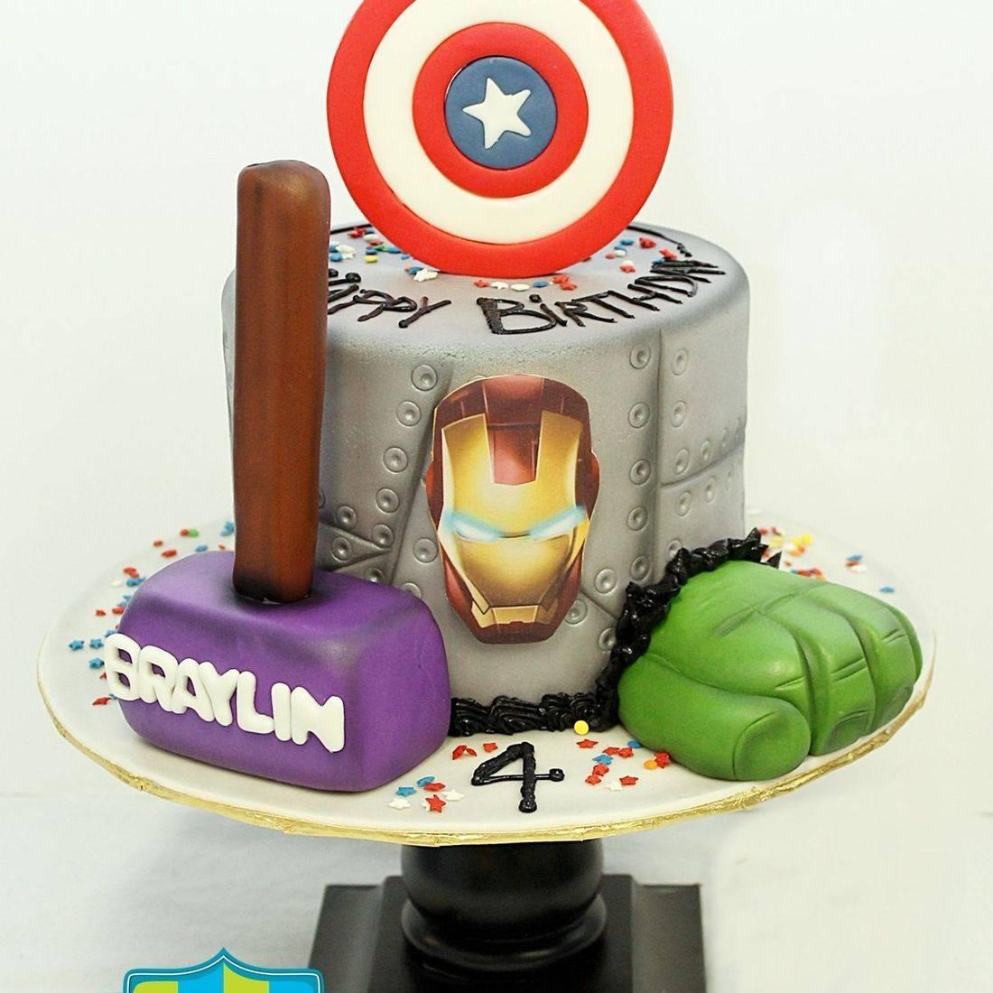 Custom Superhero Cake Milwaukee