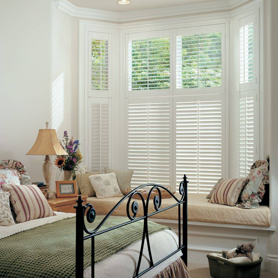 Hunter Douglas Heritance Hardwood Shutters are an elegant, long-lasting choice for plantation shutters.