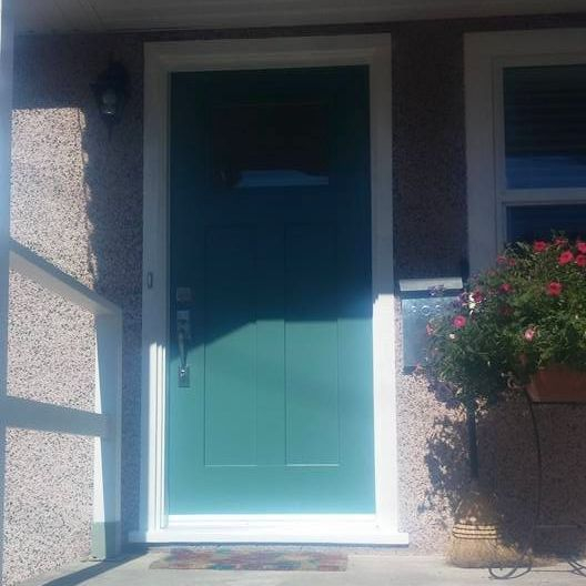 New door and punch of colour