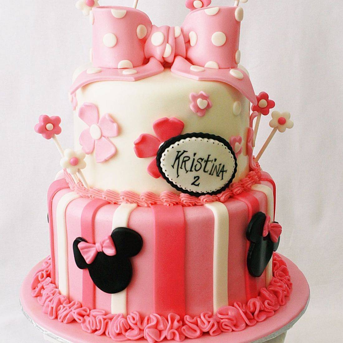 Custom Minnie Mouse pink bow flowers cake Milwaukee