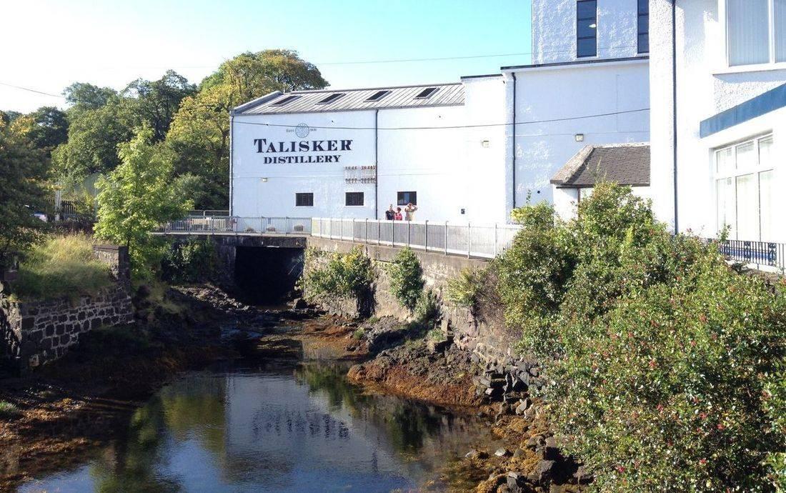 Isle of Skyes famous Talisker Distillery