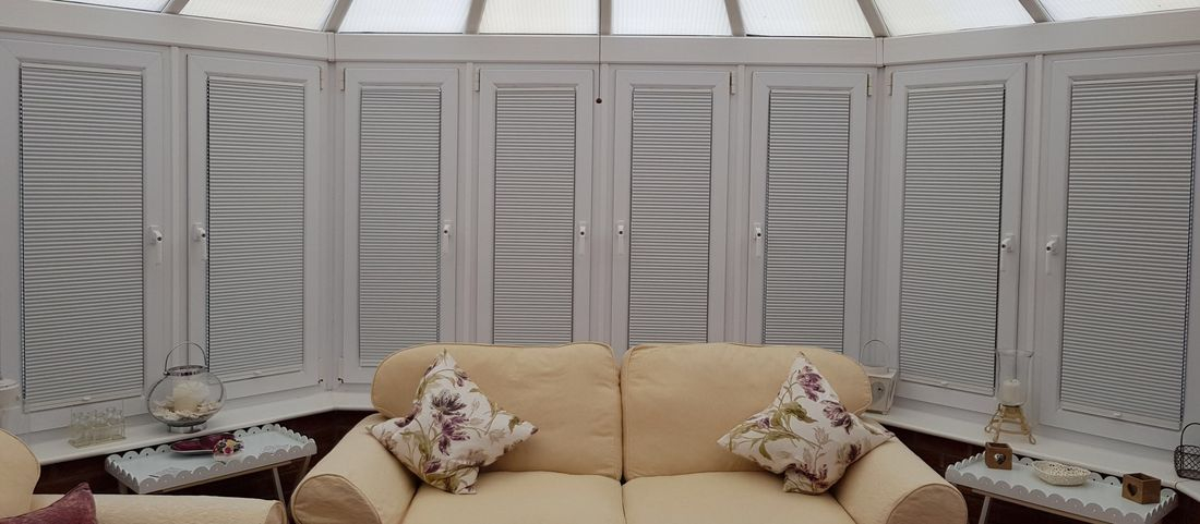Pleated conservatory blinds honeycomb