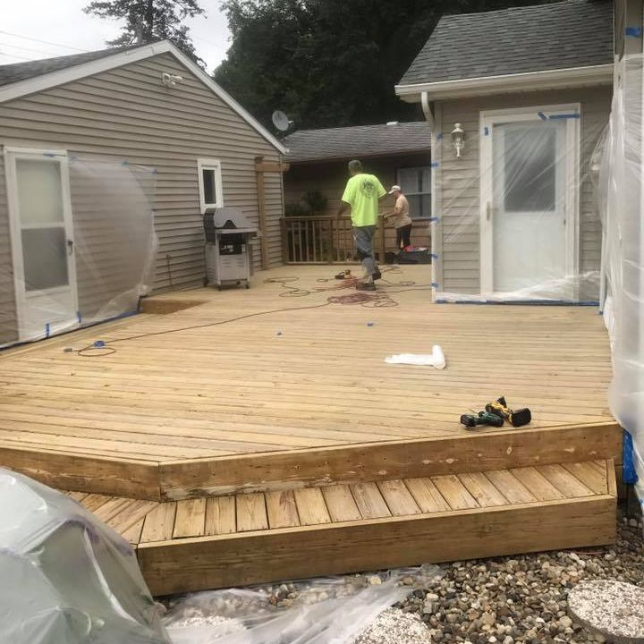 +deck+cleaning+sealing+staining