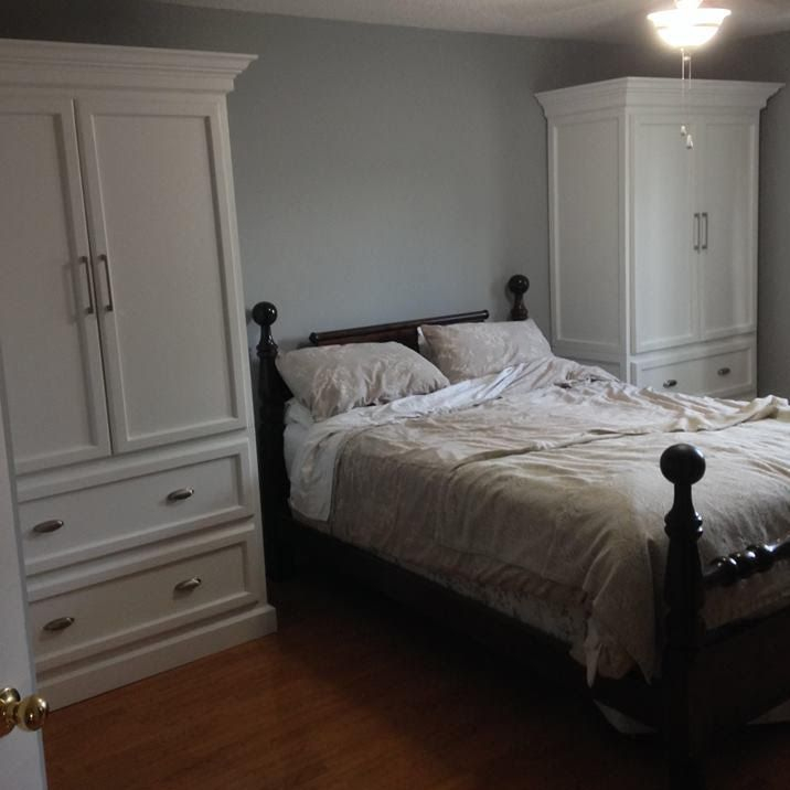 White wood armour wardrobe for bedroom