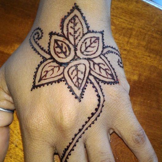 Leaf and Vine Henna Design, Leaf and Vine Henna, Leaf Henna, Vine Henna, Henna Tattoo, Henna, Ja'Henna, Henna in Negril Jamaica