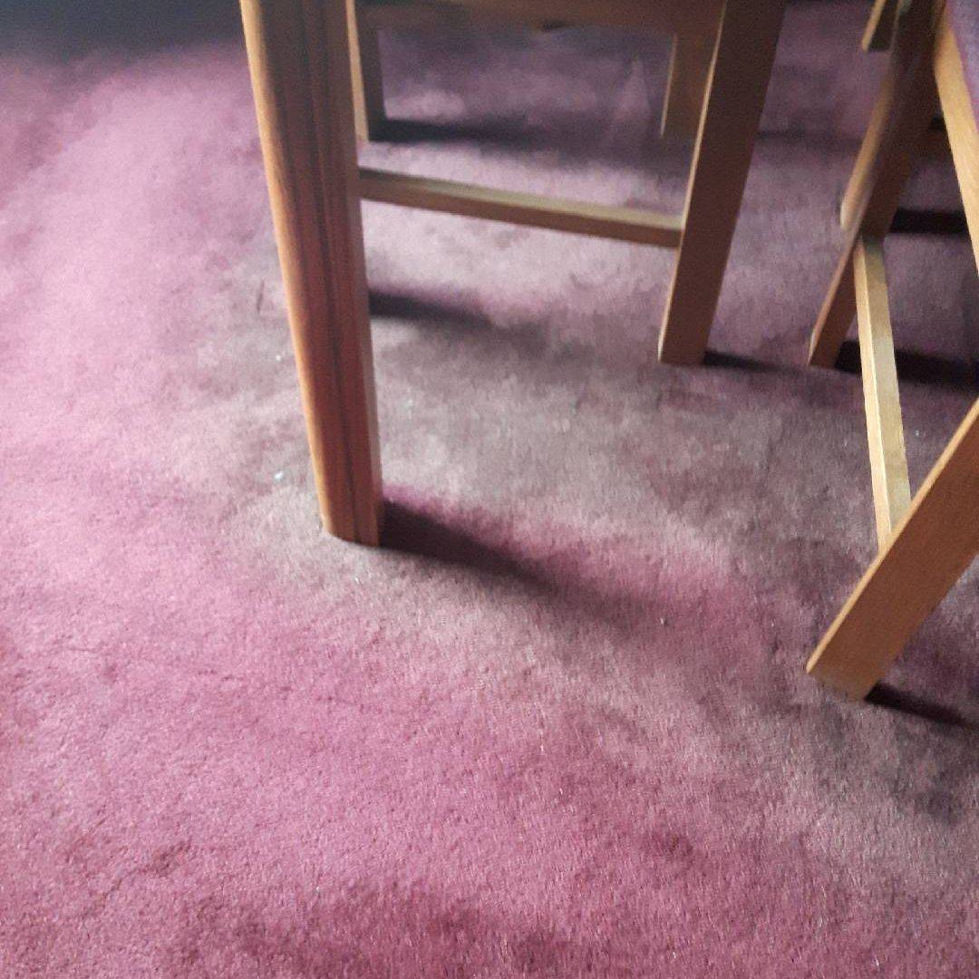 Custom Colour Carpets & Rugs, Carpet Dyeing,   Air Brushing Red Dye on Area Rug