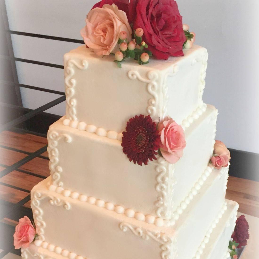 square wedding cake square buttercream cake