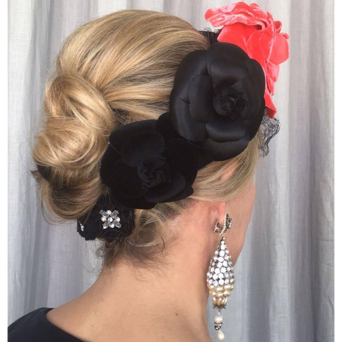 Simple chignon with accessories