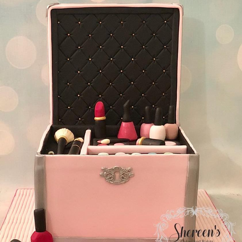 Make Up Cosmetic Box Birthday Cake