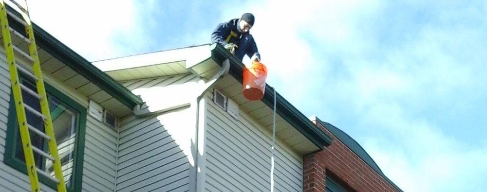 Nettoyage de gouttières - Gutter cleaning Ottawa Gatineau