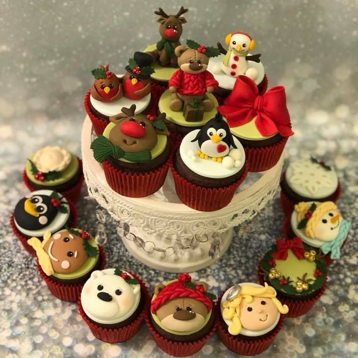 Christmas Cupcake Penguin Reindeer Snowman Gingerbread Man Angel Teddy Wreath Mince Pie bow Robins