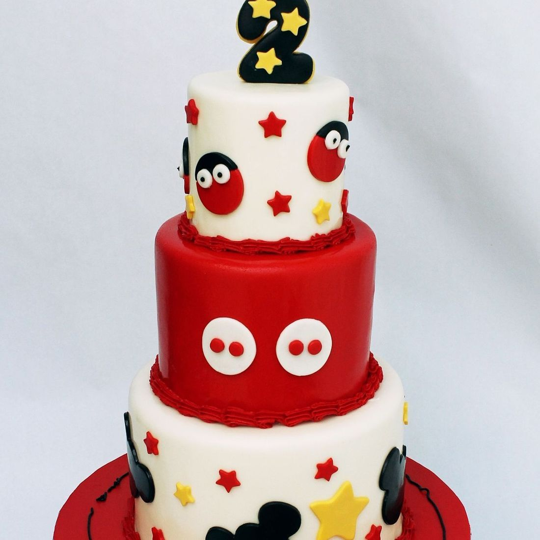 Mickey Buttons and Stars  Cake Milwaukee