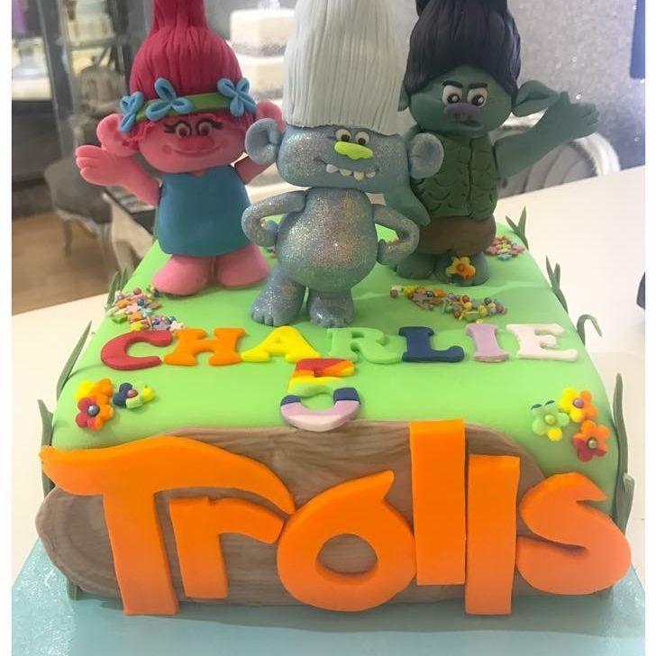 trolls cake luton dunstable bedfordshire